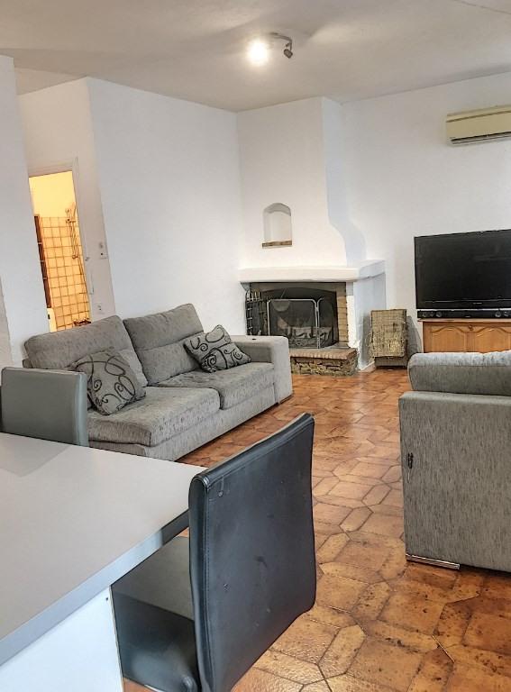 Sale apartment Saint laurent du var 280000€ - Picture 1