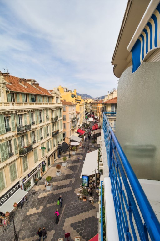 Deluxe sale apartment Nice 565 000€ - Picture 2