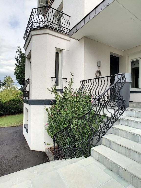 Maison Veyre Monton 9 pièce(s) 320 m2