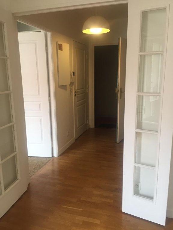 Location appartement Levallois perret 1400€ CC - Photo 3
