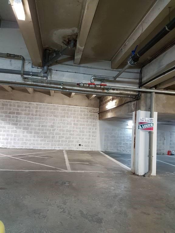 Rental parking spaces Avignon 80€ CC - Picture 2