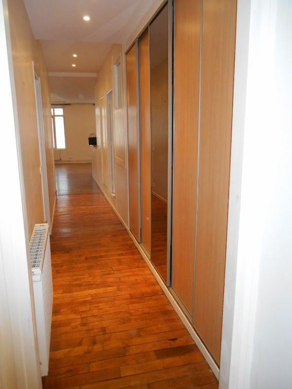 Rental apartment Saint quentin 900€ CC - Picture 7