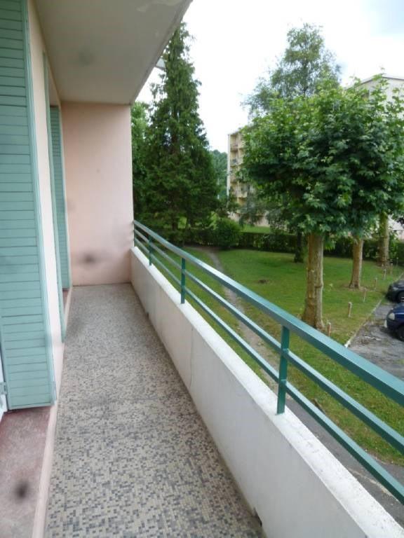 Location appartement Le pont-de-beauvoisin 640€ CC - Photo 1