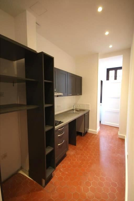 Rental apartment Juan-les-pins 600€ CC - Picture 1