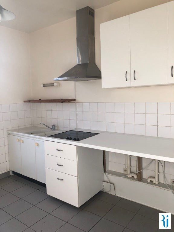 Rental apartment Rouen 604€ CC - Picture 2