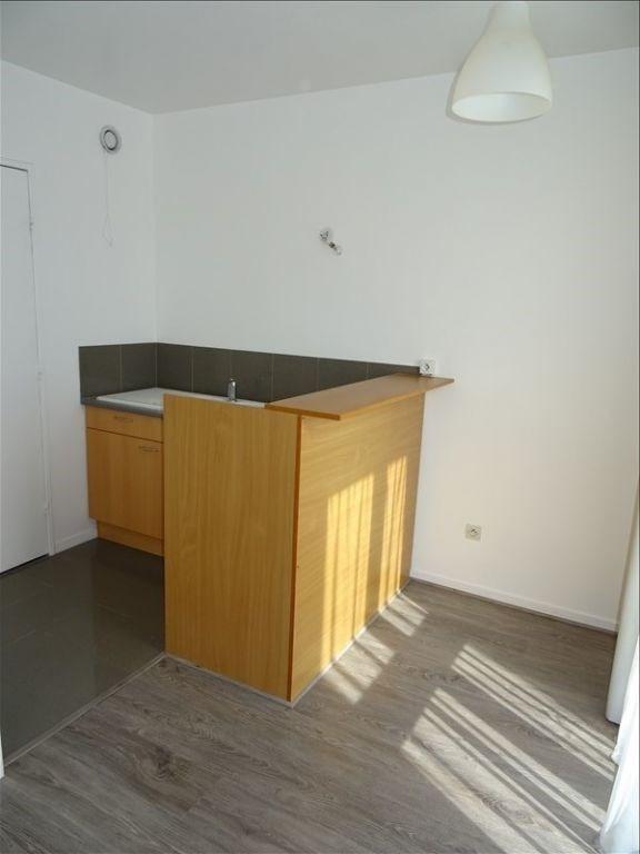 Location appartement Saint ouen l aumone 580€ CC - Photo 2