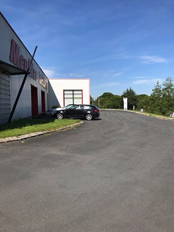 Location local commercial Plomelin 7000€ HC - Photo 4