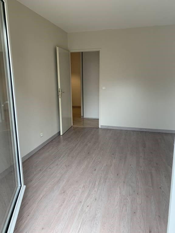 Location appartement Arpajon 1071€ CC - Photo 9