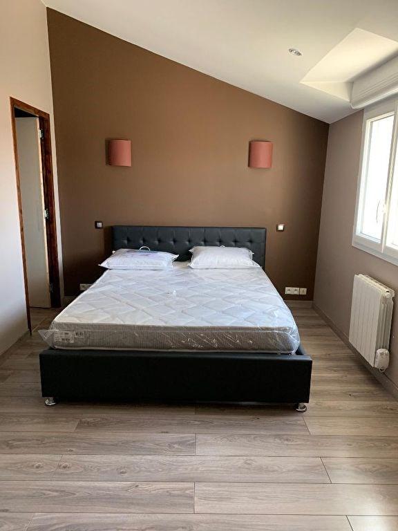 Sale house / villa Saint pierre montlimart 236800€ - Picture 5