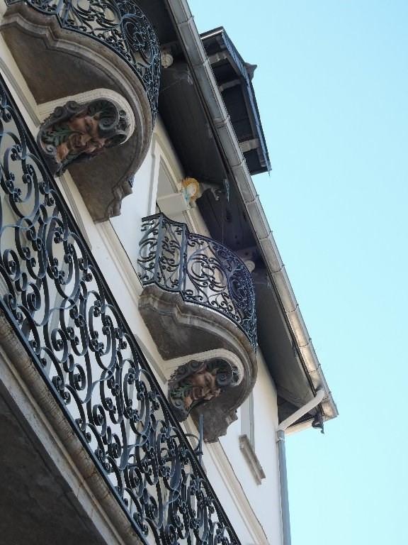 Sale apartment Bagneres de luchon 200000€ - Picture 1