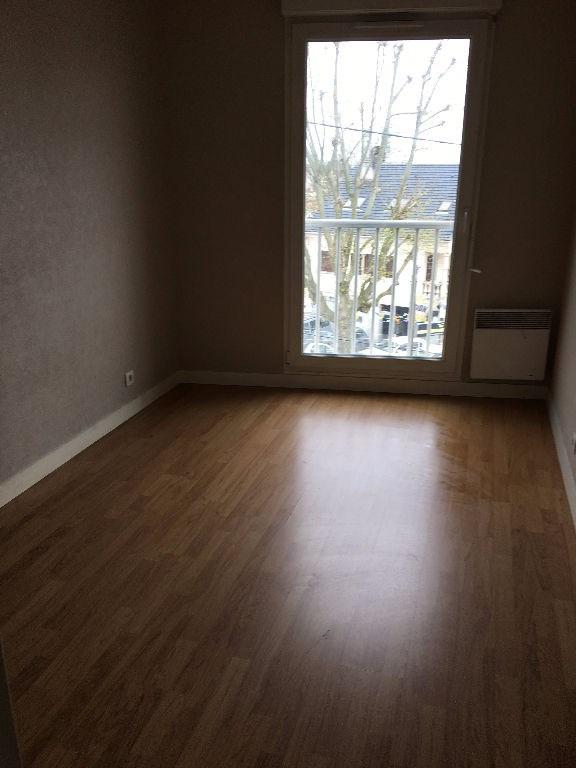 Location appartement Noisy le sec 890€ CC - Photo 4