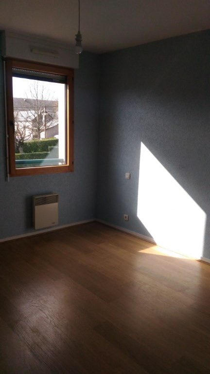 Location appartement Retiers 360€ CC - Photo 4