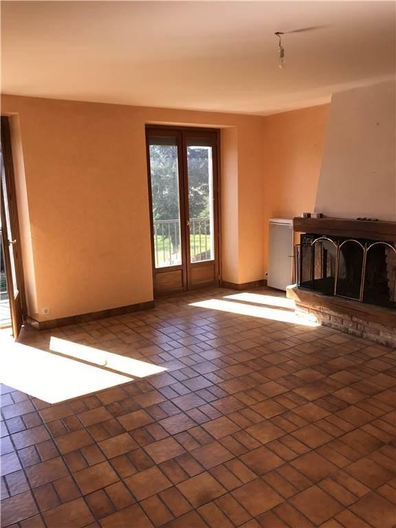 Location maison / villa Goutrens 356€ CC - Photo 4