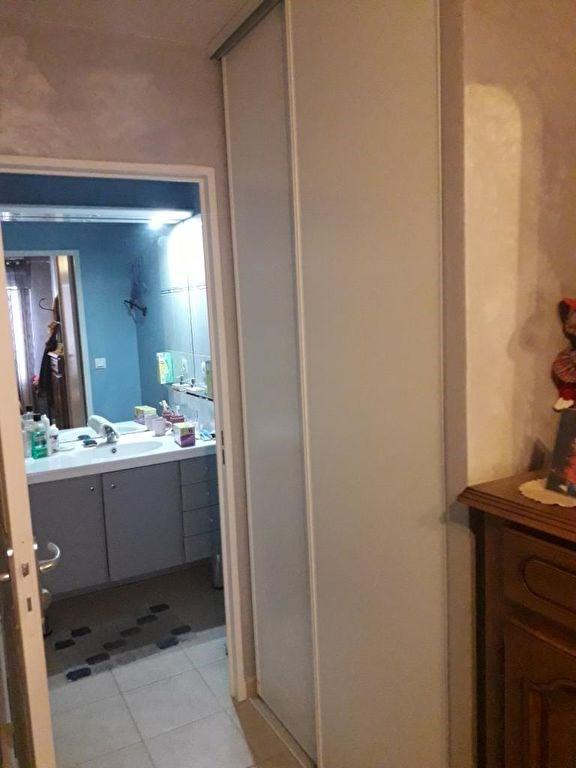 Verkoop  appartement Lambesc 169900€ - Foto 6