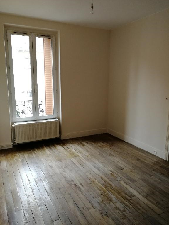 Location appartement Villeneuve saint georges 822€ CC - Photo 2