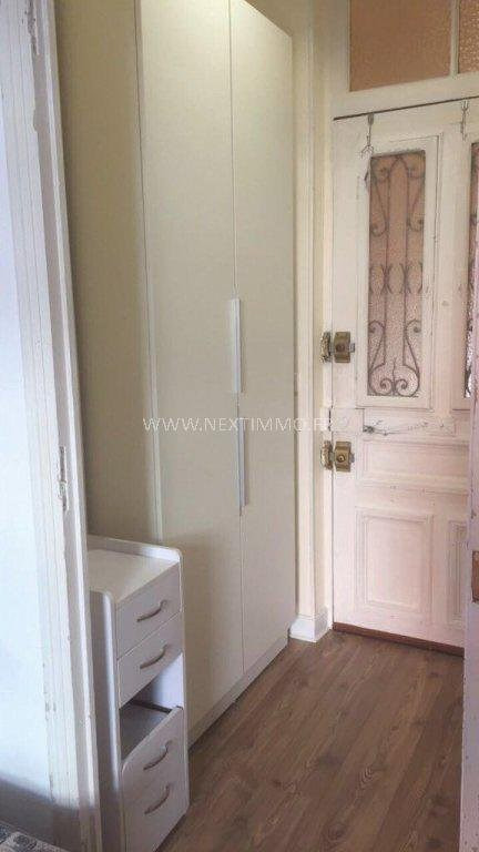 Location appartement Menton 530€ CC - Photo 3