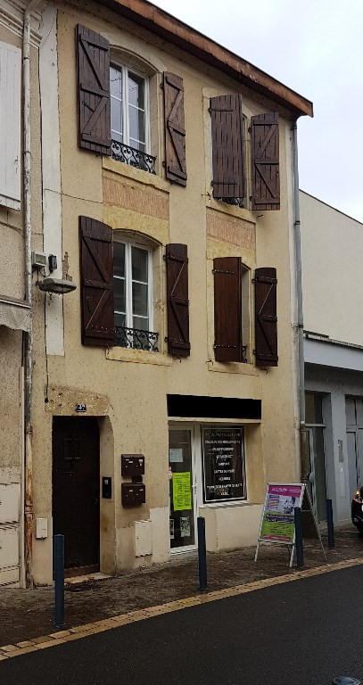 Sale building Aire sur l adour 249 000€ - Picture 1
