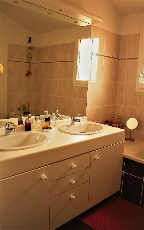Sale apartment Lambesc 550000€ - Picture 11