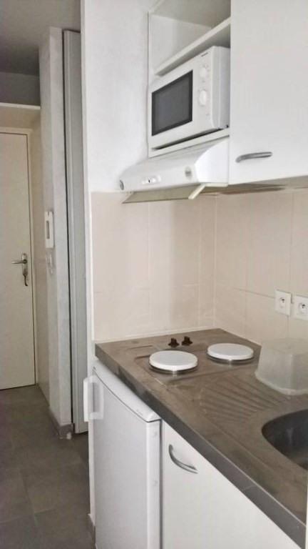 Locação apartamento Toulon 463€ CC - Fotografia 4