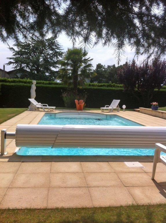 Sale house / villa Tassin-la-demi-lune 885000€ - Picture 1