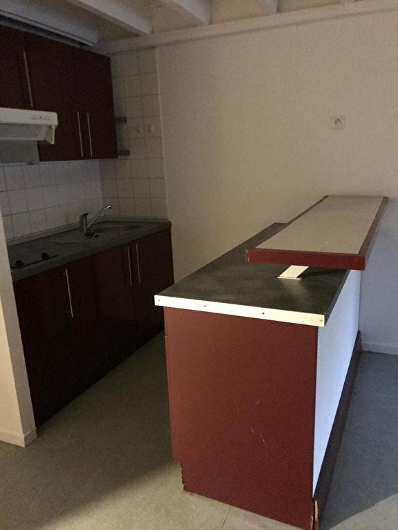 Rental apartment Pau 395€ CC - Picture 2