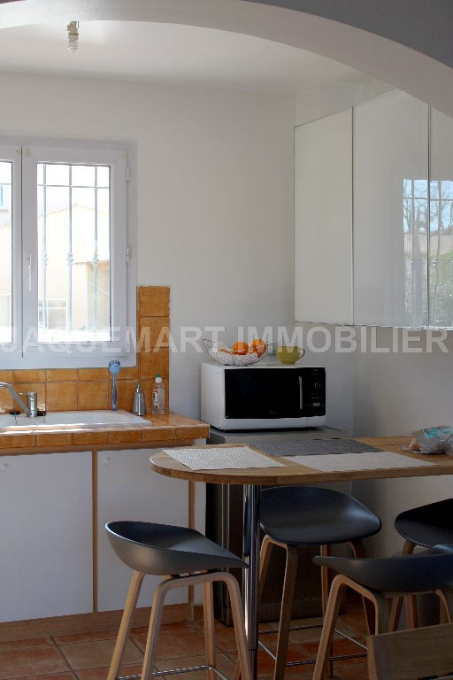 Rental house / villa Lambesc 950€ CC - Picture 4