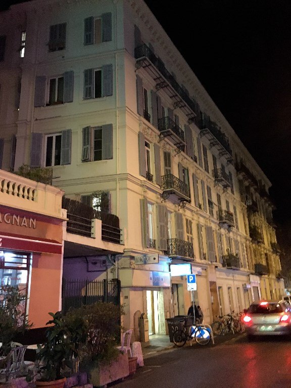 Investment property apartment Nice 340000€ - Picture 2