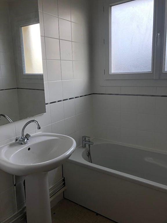 Vente appartement Petit couronne 77000€ - Photo 4