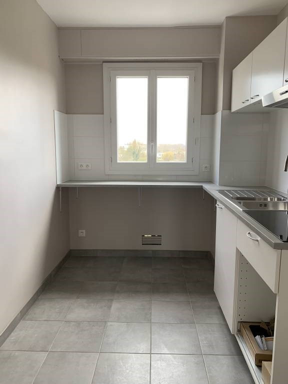Rental apartment Arpajon 830€ CC - Picture 7