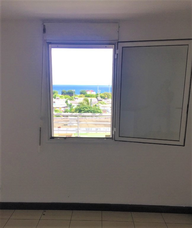 Vente appartement Sainte clotilde 125 000€ - Photo 3