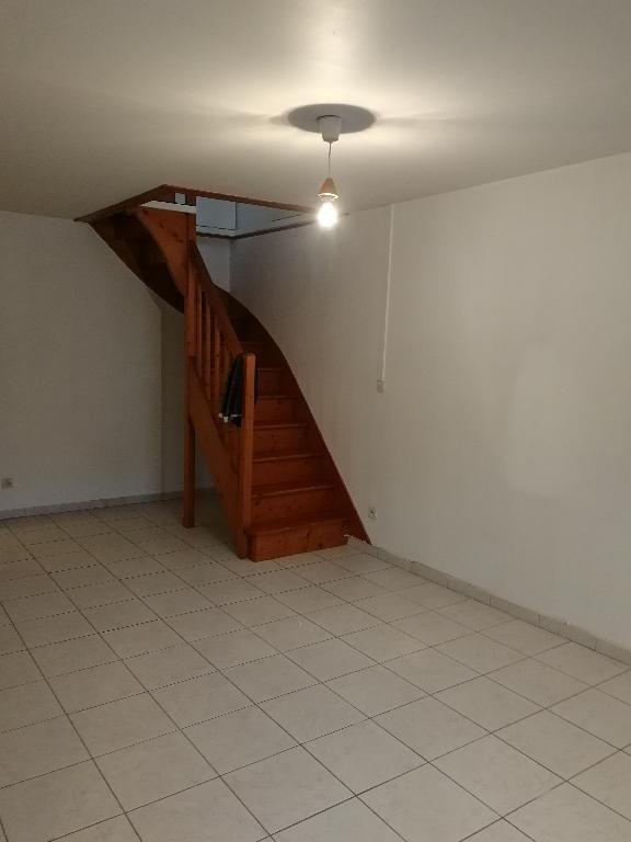 Rental apartment Crosne 840€ CC - Picture 2