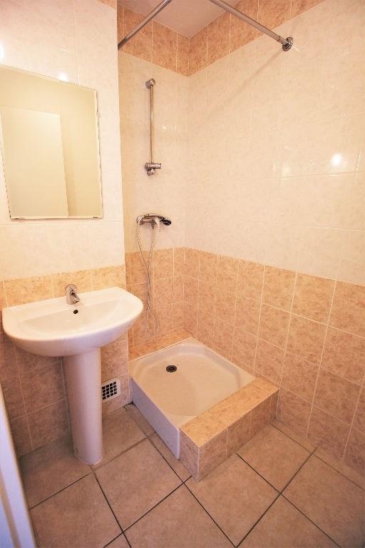 Rental apartment Bourgoin jallieu 650€ CC - Picture 7