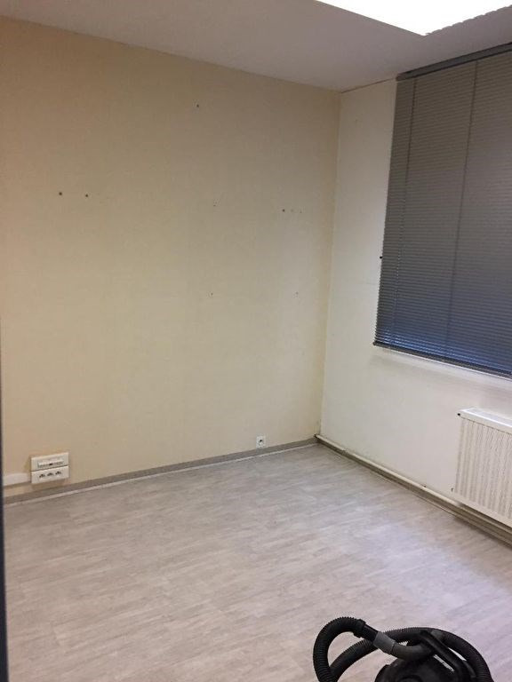 Location immeuble Donges 700€ HC - Photo 3