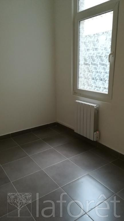 Location appartement Tourcoing 560€ CC - Photo 4