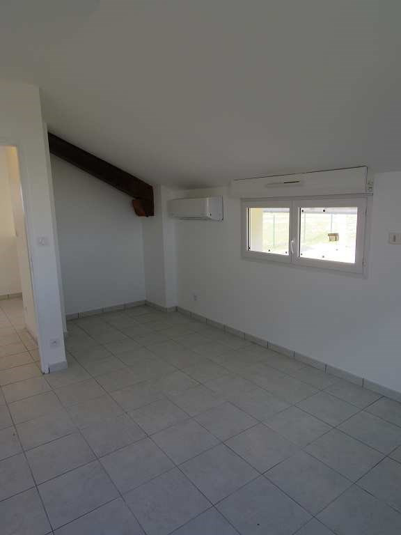 Location maison / villa Montastruc la conseillere 907€ CC - Photo 9