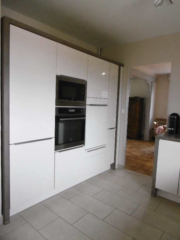 Sale house / villa Montmain 320000€ - Picture 6