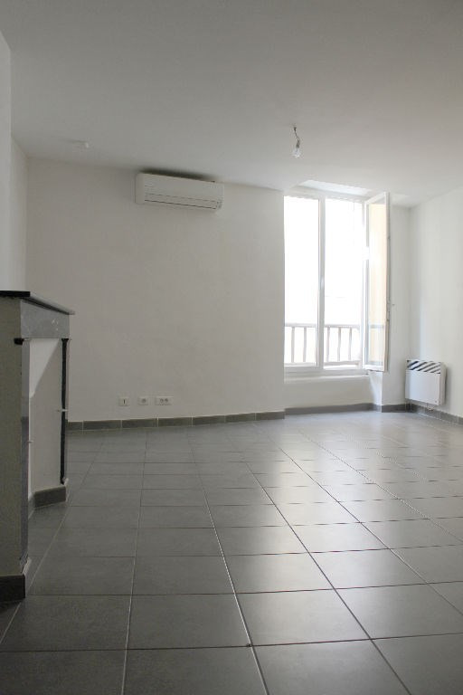 Sale apartment Lambesc 140 000€ - Picture 1