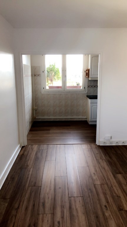 Rental apartment Poissy 960€ CC - Picture 4
