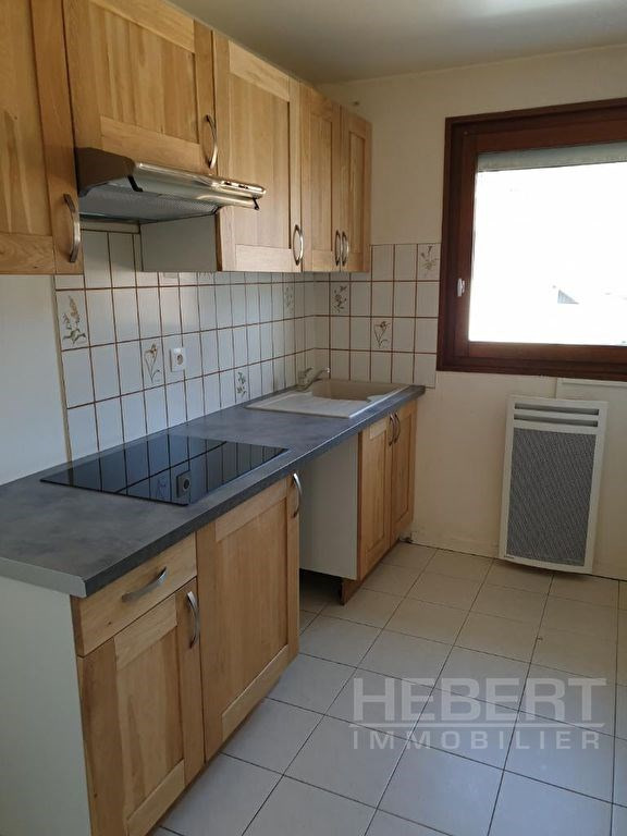 Rental apartment Sallanches 810€ CC - Picture 7
