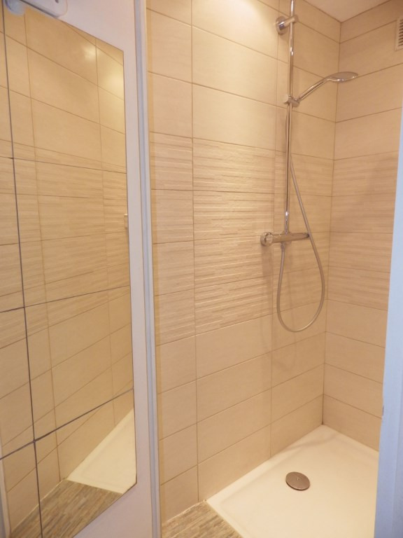 Vente appartement Bron 354 000€ - Photo 3