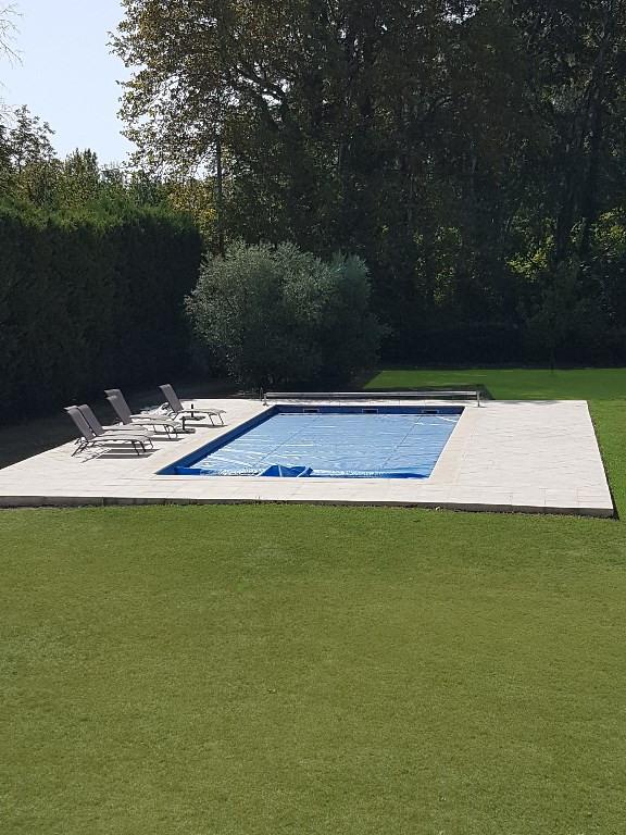 Deluxe sale house / villa Le thor 563000€ - Picture 2