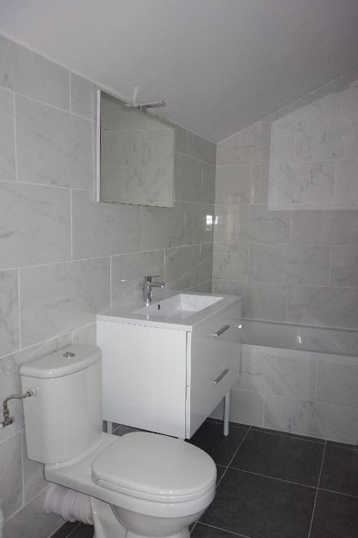 Locação apartamento Toulon 572€ CC - Fotografia 6