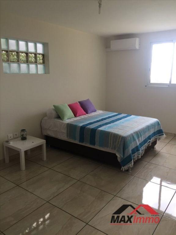 Location maison / villa La possession 2200€ +CH - Photo 5