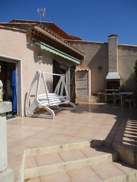 Vente maison / villa Hyeres 449500€ - Photo 12
