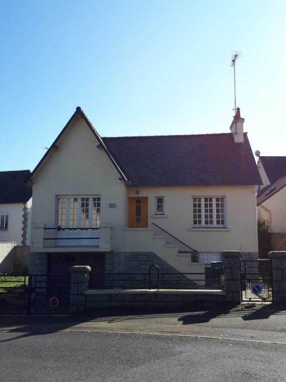 Sale house / villa Saint nicolas du pelem 64800€ - Picture 1