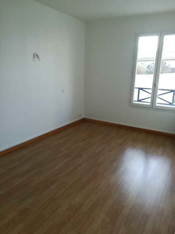 Location appartement Bretigny sur orge 880€ CC - Photo 5