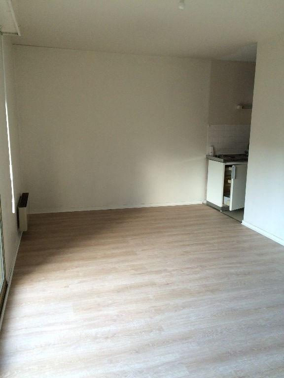 Rental apartment Verneuil d'avre et d'iton 370€ CC - Picture 2