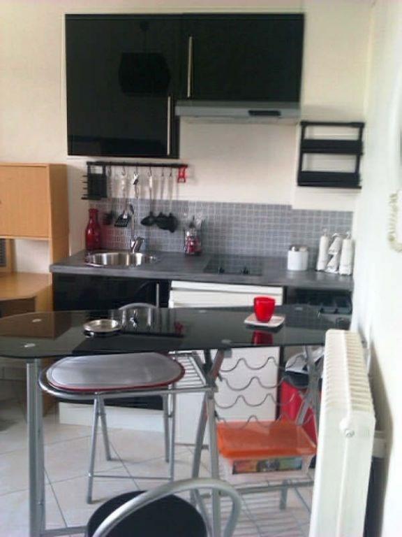 Rental apartment Royat 315€ CC - Picture 2