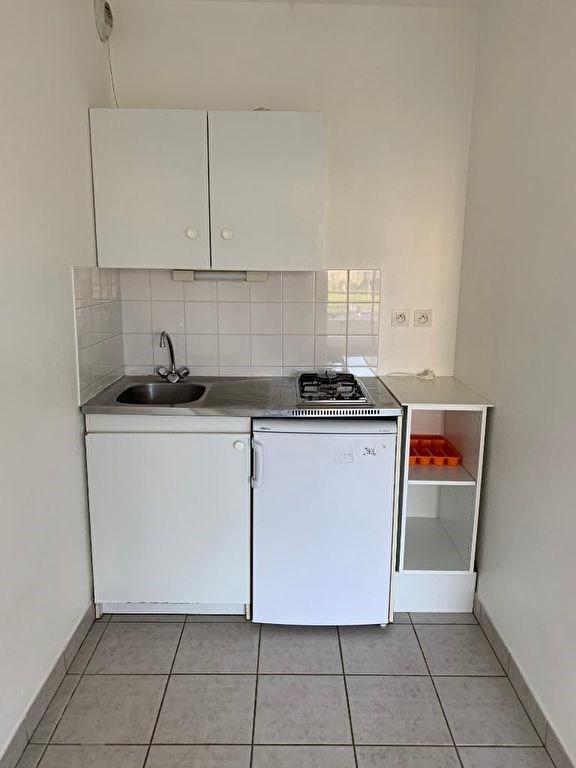 Sale apartment Vannes 126000€ - Picture 2