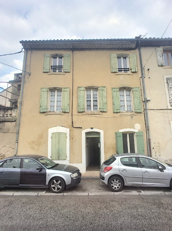 Vente maison / villa Roquemaure 231 000€ - Photo 1